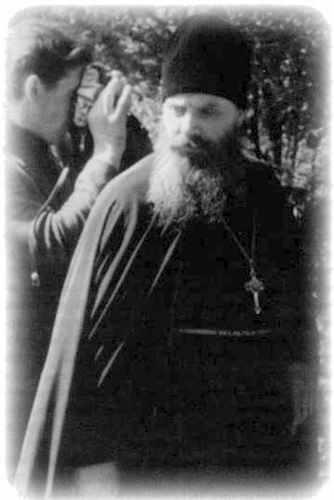 http://rumagic.com/ru_zar/religion/tihonshevkunov/0/_101.jpg